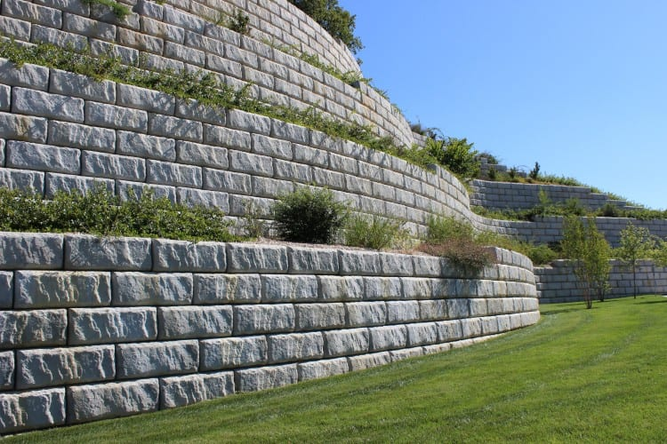 Milwaukee Retaining Walls
