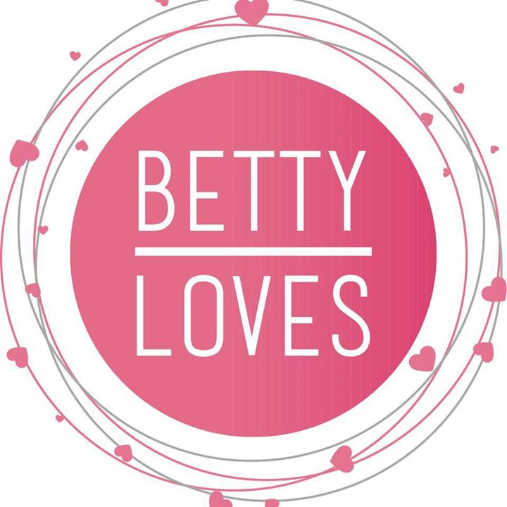 Betty Loves