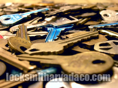 Locksmith Arvada CO