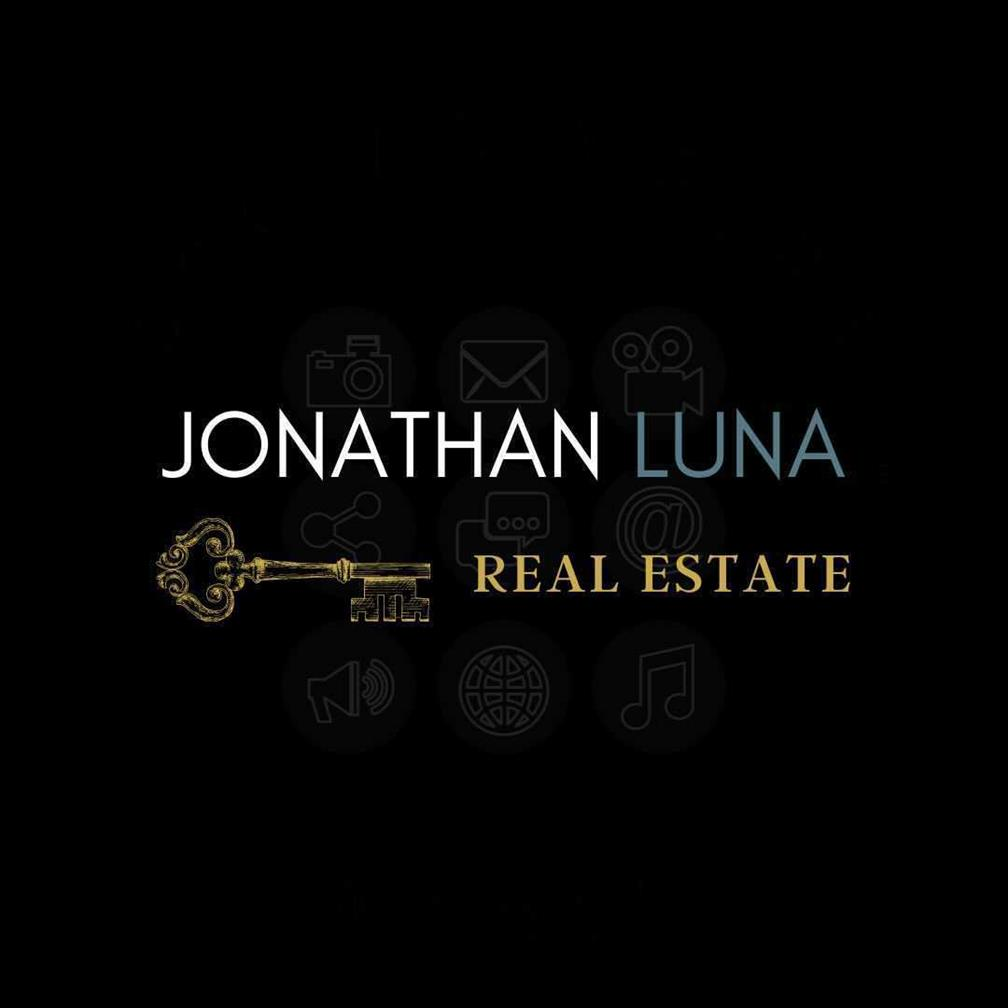 Jonathan Luna Real Estate Consultant