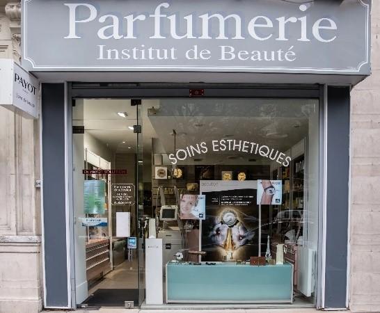 L'institut Beauté Payot-Maquillage Permanent