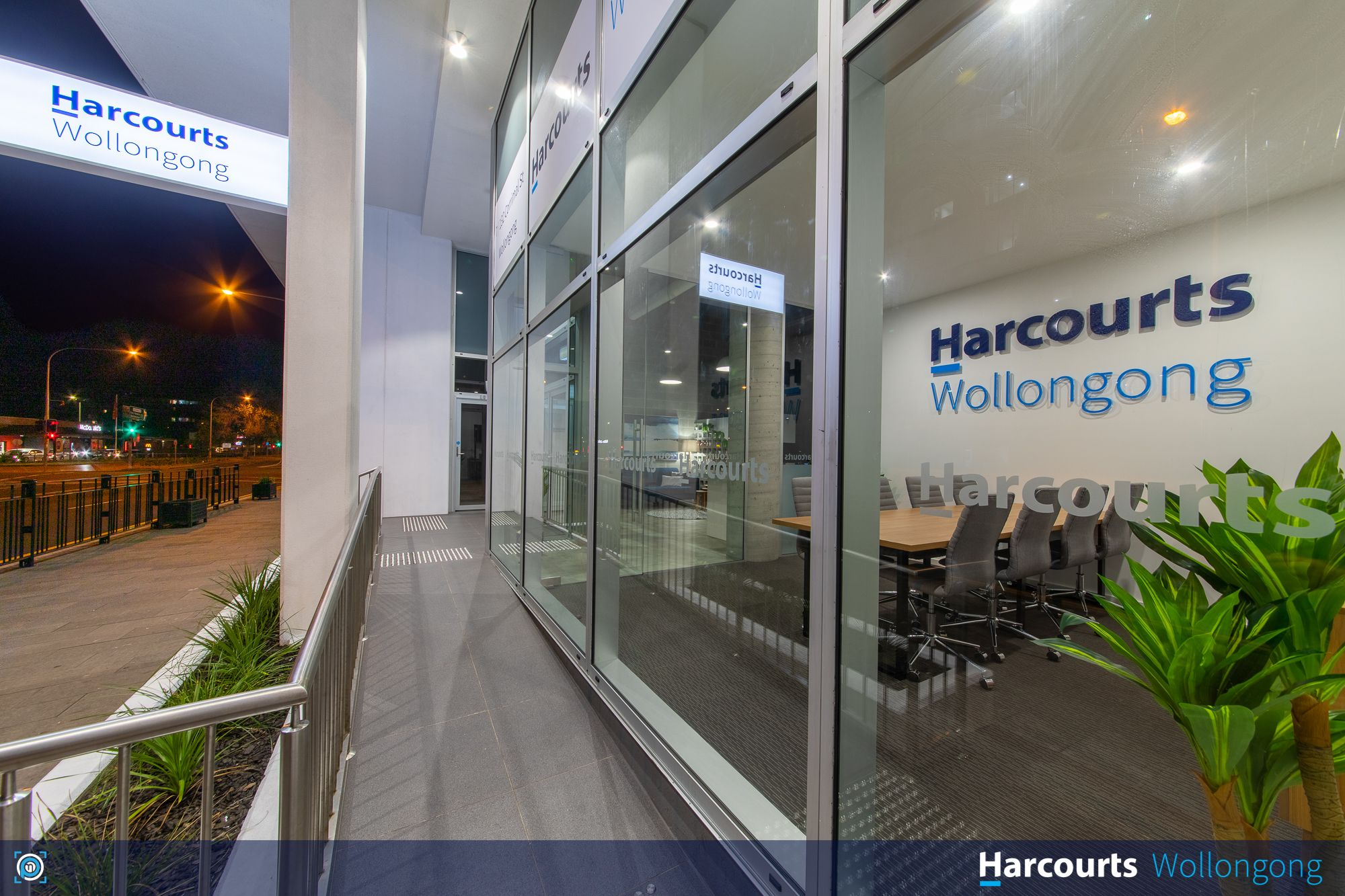 Harcourts Wollongong wheel chair access